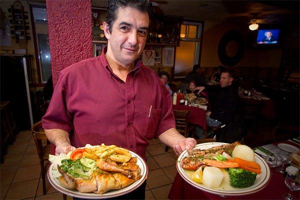 Chez Doval, le restaurant portugais classique, où l'on... (Photo: André Pichette, La Presse)