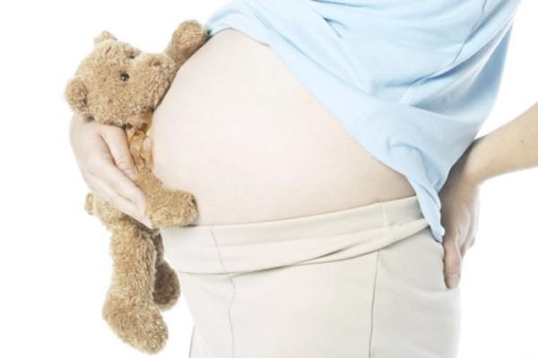 Le ventre de la mère semble être la... (Photothèque La Presse)