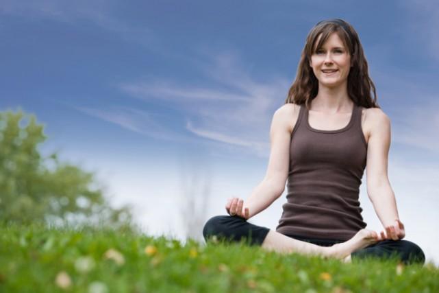 Pratiquer la méditation zen serait un rempart efficace contre la douleur... (Photos.com)
