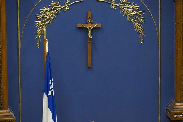 Un crucifix trône toujours à l'Assemblée nationale, à... (ARCHIVES, La Presse Canadienne)