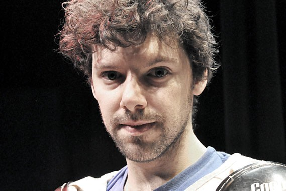 Simon Boulerice présentera sa nouvelle pièce,Peroxyde...
