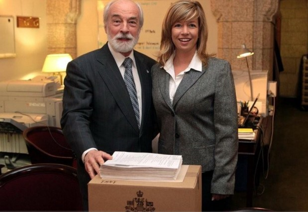 Marie-Hélène Dubé et le député bloquiste Yves Lessard... (Collaboration spéciale Marc Larouche)
