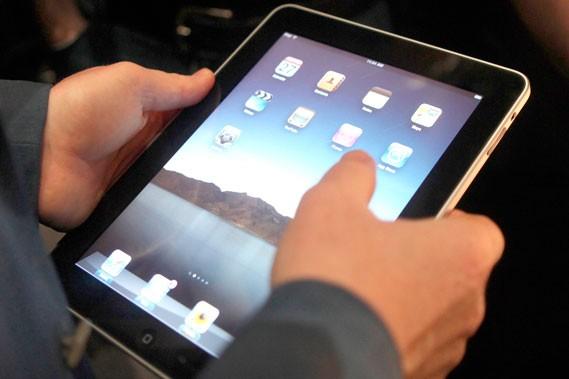 Le iPad répondrait mieux aux attentes des usagers... (Photothèque Le Soleil)
