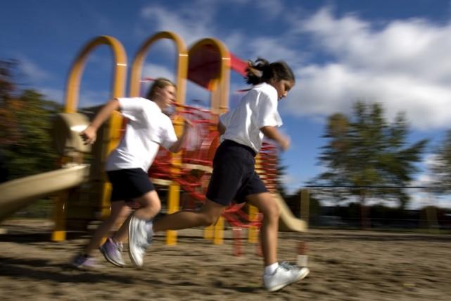 Seuls 12% des jeunes Canadiens bougent le minimum... (Photo: Alain Roberge, Archives La Presse)