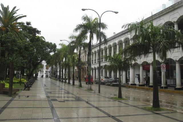 La plaza de septiembre à Santa Cruz... (Photo: Éric Clément, La Presse)