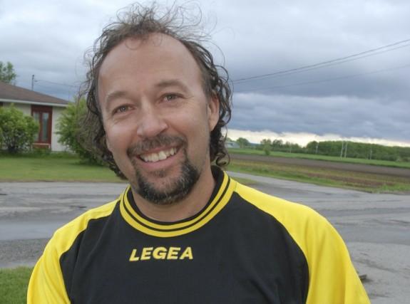 Benoit Lavoie, propriétaire d'Espace-Soccer à Alma.... (le Quotidien, Steeve Tremblay)