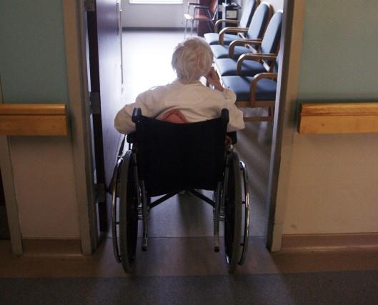 Des centaines, voire des milliers de personnes âgées... (PHOTO: FRANÇOIS ROY, LA PRESSE)