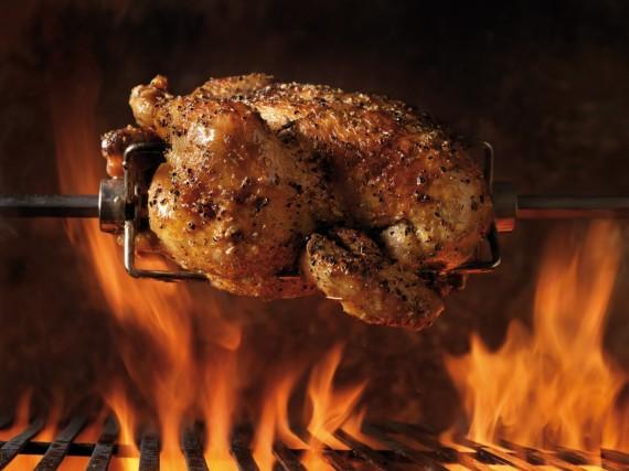 poulet la broche aux 30 gousses d 39 ail recette du chef. Black Bedroom Furniture Sets. Home Design Ideas