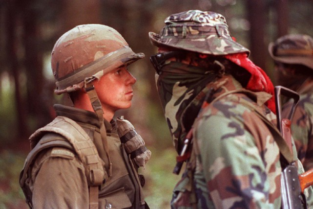 Le soldat canadien Patrick Cloutier et le Warrior... (Archives La Presse Canadienne)