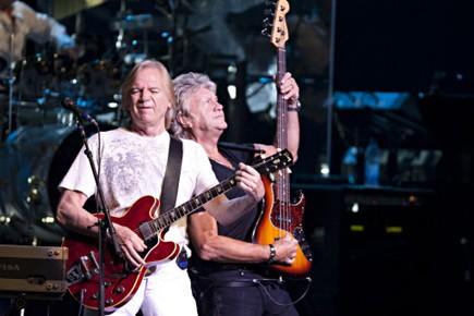 Deux des trois Moody Blues: Justin Hayward et... (Photo: François Roy, La Presse)