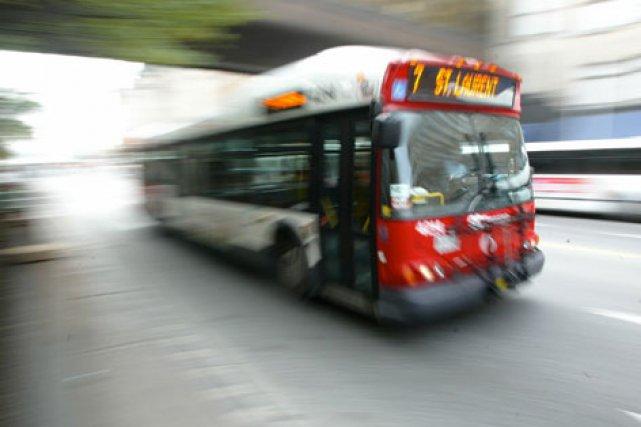 «Prochain arrêt: Somerset.» La Ville d'Ottawa aura attendu trois ans et dépensé... (ARCHIVES, LeDroit)