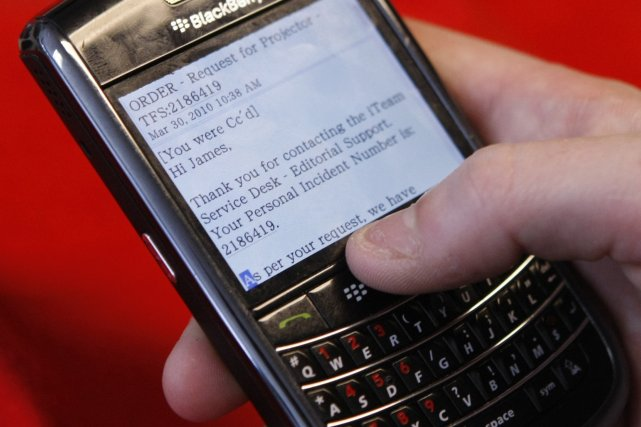 Le BlackBerry de la société Research In Motion... (PHOTO: ARCHIVES REUTERS)