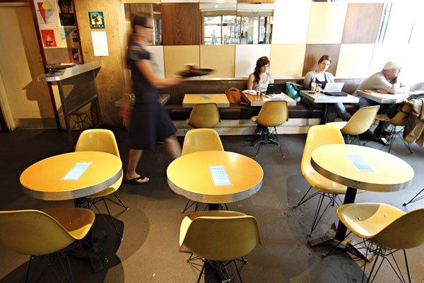 Le Café Laïka est une institution de la... (Photo: Patrick Sanfaçon, La Presse)