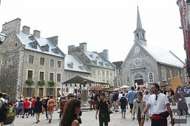 L'église Notre-Dame-des-Victoires à la place Royale.... (Photothèque Le Soleil, Jean-Marie Villeneuve)