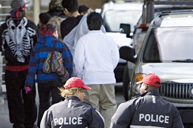 «Les jeunes disent que les policiers tiennent des... (Photo: Patrick Sanfaçon, Archives La Presse)