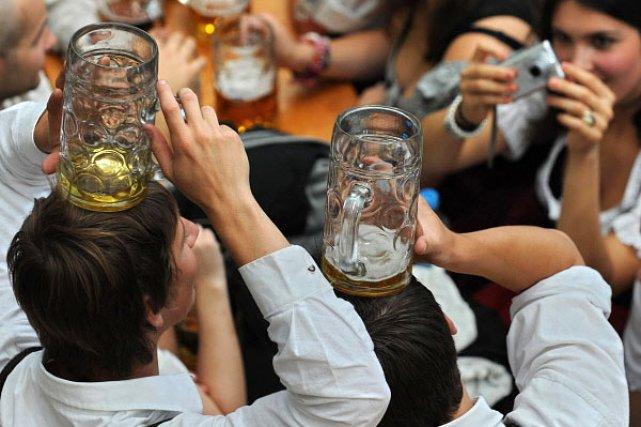 L'édition 2010 de la Fête de la Bière... (Photo: AFP)