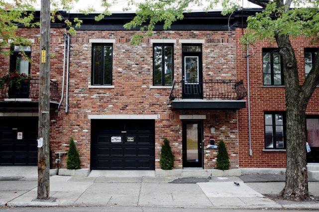 cottage pour millionnaires sur le plateau marie andr e amiot maisons de luxe. Black Bedroom Furniture Sets. Home Design Ideas