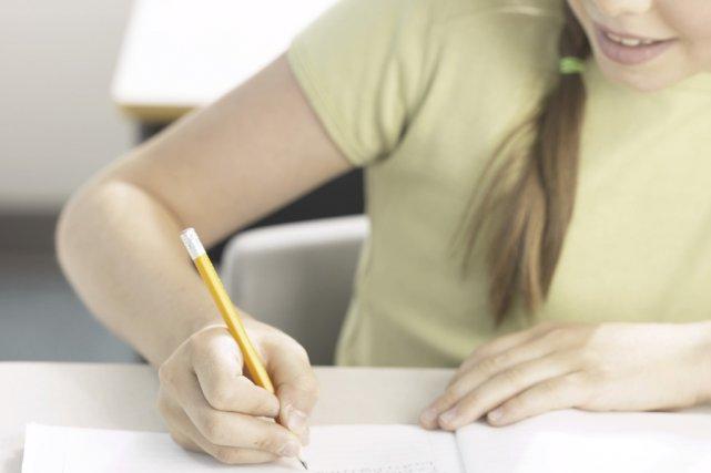 Pour augmenter le taux de réussite dans les écoles,  les enseignants se font... (Photothèque La Presse)