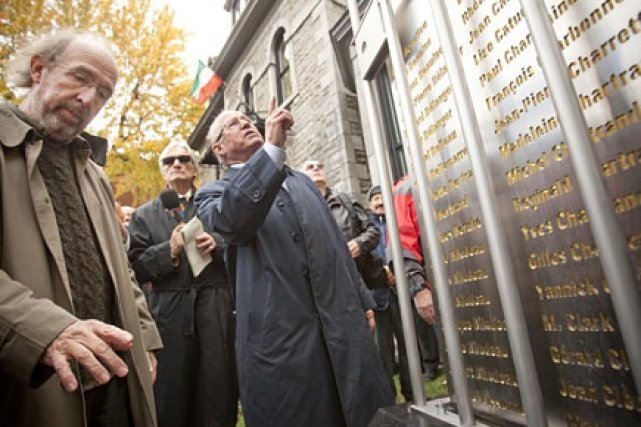 Bernard Landry et Gérald Larose à l'inauguration du... (Photo: David Boily, La Presse)