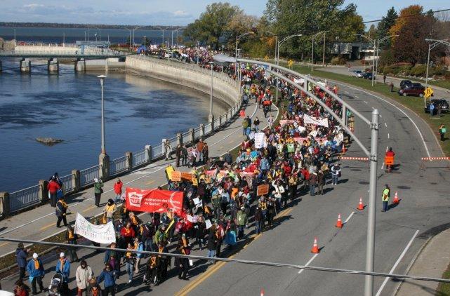 208139-marche-mondiale-femmes-partie-cegep