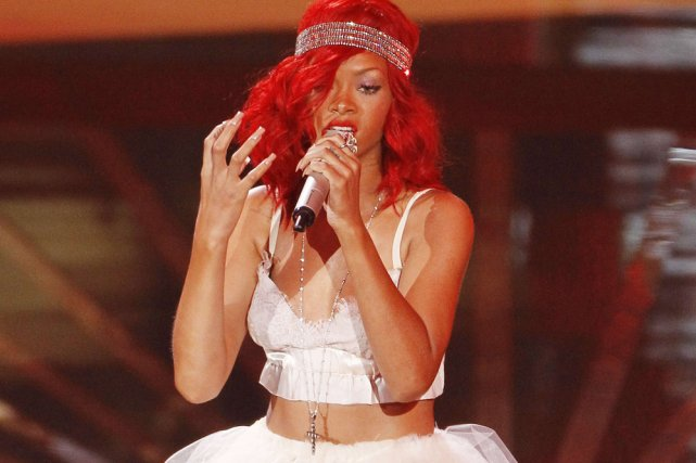 rihanna en spectacle en juin au centre bell musique. Black Bedroom Furniture Sets. Home Design Ideas