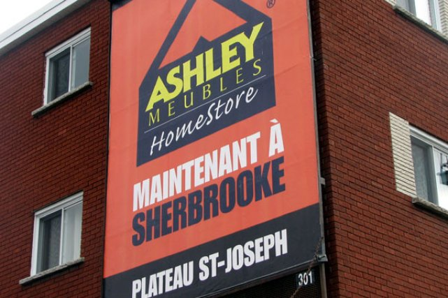 Une annonce mal meubl e steve bergeron la tribune for Ashley meuble sherbrooke