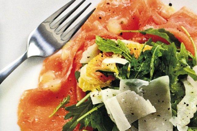 Salade de saumon fumé à la méditerranéenne du... (Édition Transcontinental)