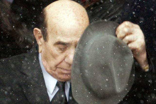 Le vieux Nick Rizzuto à la sortie de... (Photo Reuters)