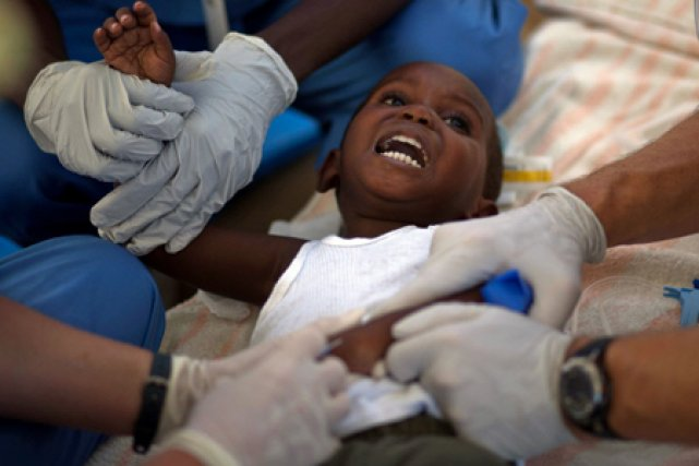 Joy en afrique joy in africa - 3 part 1