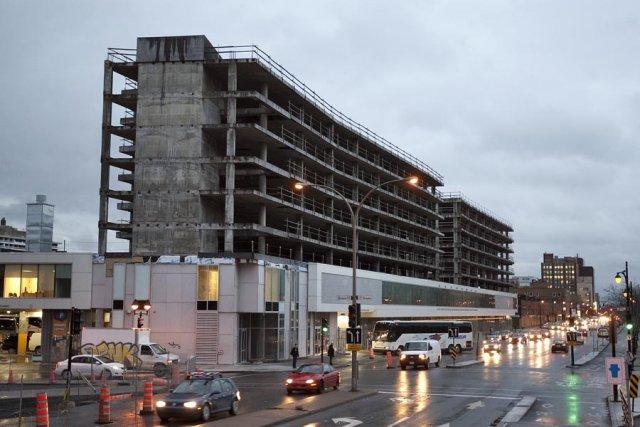 Québec devrait repousser la vente de l'îlot Voyageur,... (Photo: Robert Skinner, La Presse)
