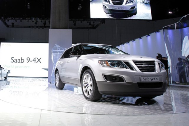 Le nouveau multisegment de Saab, le 9-4x.... (Photo Reuters)
