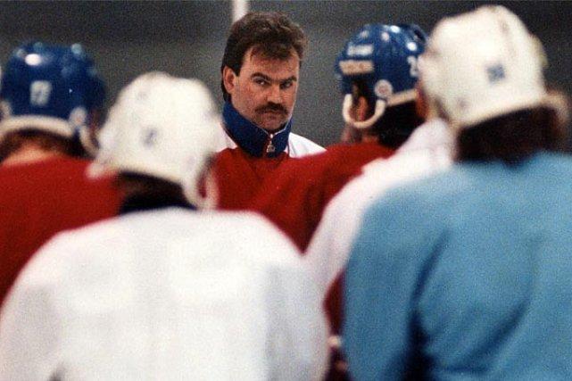 Burns aimait la discipline et n'hésitait pas à... (Photo: archives La Presse)