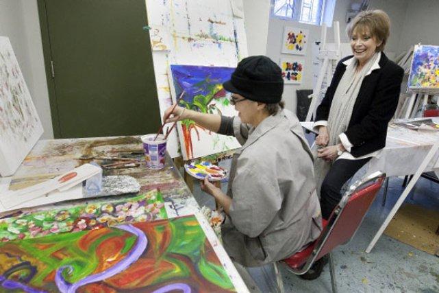 Avec les femmes démunies, l'art est devenu une... (Photo Robert Skinner, La Presse)