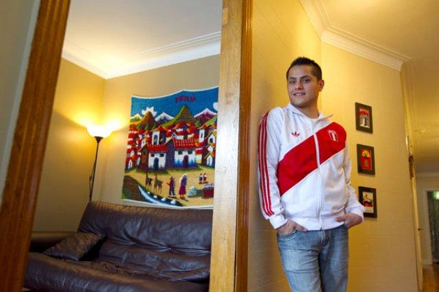 Né au Pérou, Renaud Vinet-Houle a été adopté... (Photo Alain Roberge, La Presse)