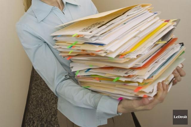 ÉDITORIAL / Le ministère des Transports s'embourbe dans sa bureaucratie. Si les... (Archives Le Droit)