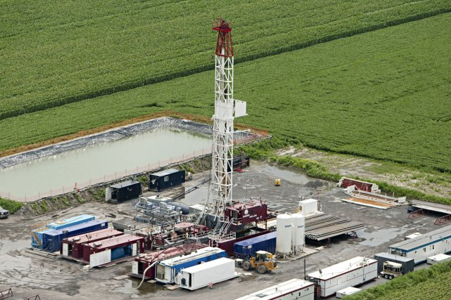 Plusieurs citoyens réclament un moratoire sur le gaz...