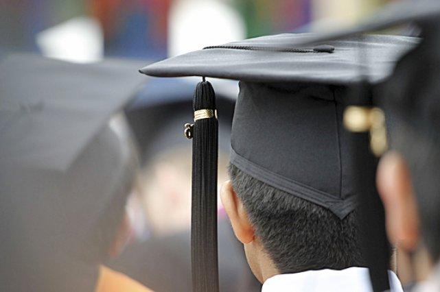 Au Québec, près du tiers de tous les travailleurs québécois sont surdiplômés...