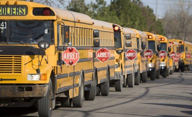 l 39 autobus scolaire est s curitaire laura l vesque actualit s. Black Bedroom Furniture Sets. Home Design Ideas
