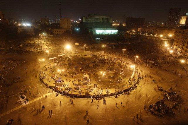 Vue générale de la place Tahrir (Libération), centre... (Photo: Reuters)
