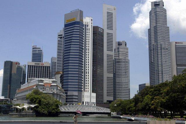 La statue embl matique de singapour transform e en h tel for Hotel singapour piscine