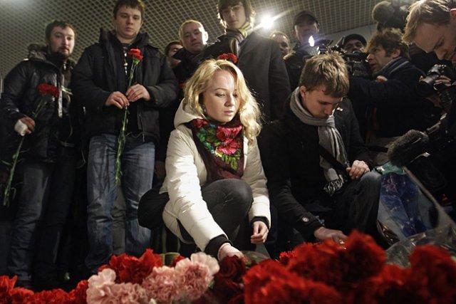 L'attentat suicide à l'aéroport de Moscou-Domodedovo a fait... (Photo: AP)