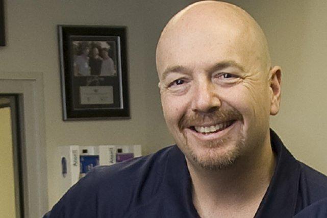 Scott Livingston, un thérapeute sportif et entraîneur en... (Photo: André Pichette, La Presse)