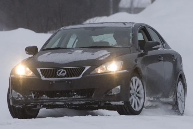 L'Auto n'a pas hésité à lancer une Lexus... (Photo David Boily, archives La Presse)