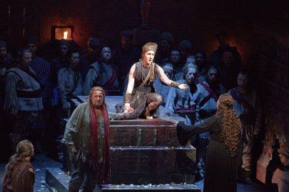 Placido Domingo et Julie Boulianne dans Iphigénie en... (Photo fournie par le Met)