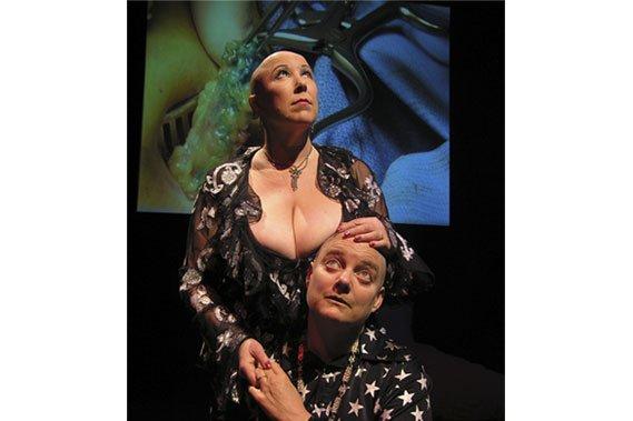 Annie Sprinkle et Elizabeth Stephens sont ensemble sur... (Photo fournie par le Festival Edgy Women)