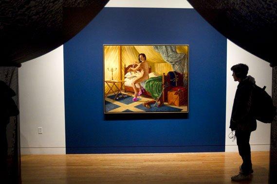 Près des tentes, deux tableaux montrent le personnage... (Photo: Robert Skinner, La Presse)