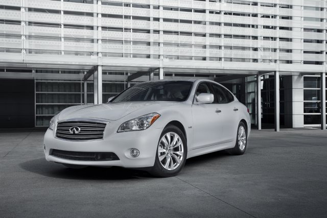 L'Infiniti M35h 2011.... (Photo fournie par Infiniti)