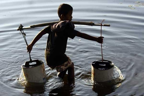 un humain sur sept manquera d 39 eau en 2050 consommation. Black Bedroom Furniture Sets. Home Design Ideas