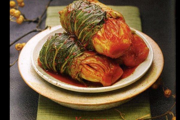 Le Kimchi, caractérisé par son goût épicé, est...