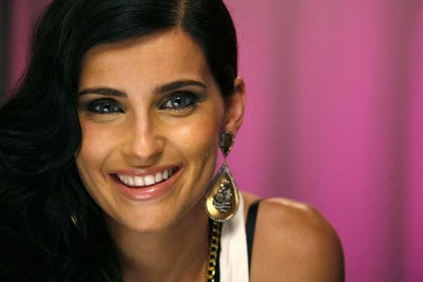 Nelly Furtado... (Photo Reuters)